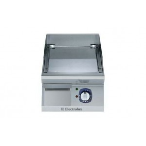 Electrolux 700 XP Series E7FTEDCS10 400mm wide Electric Fry Top Griddle with smooth chrome plate